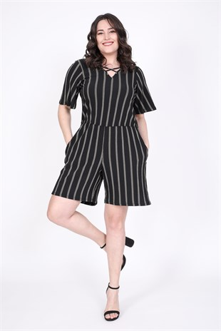 short Jumpsuit with Anterior Cross Detail