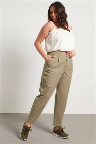 Big Size Pleated Slouchy Pants